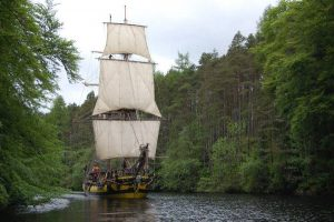 Loď, na které se plavil Darwin, byla znovu vytvořena, aby (snad!) vezla biology zOstravy na cestě po stopách evoluce.