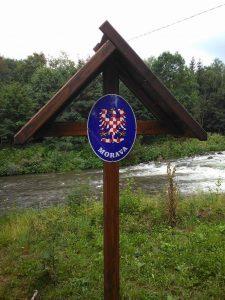 Informační cedule na pravém břehu řeky Ostravice.