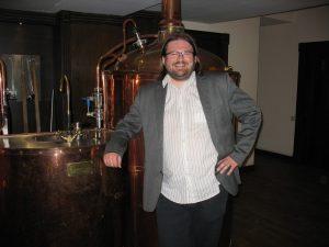 Czech Brewery Karloff - tak se jmenuje jeden z místních minipivovarů. Postavily Pacovské strojírny, a.s.