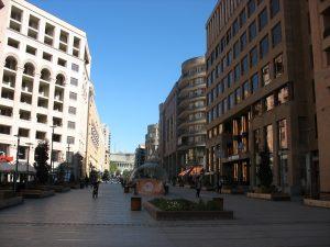 Jerevanská Severní Avenue - pěší zóna s butiky, restauracemi a kavárnami