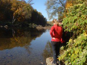 Krásný podzimní víkend aprůzkum štěrkonosného koryta řeky Bečvy. Výskyt dřevní hmoty vkorytě byl však omezený.