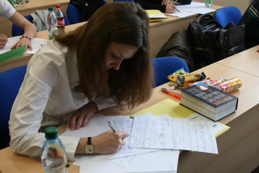 Mezi soutěžícími prestižní Mezinárodní soutěže Vojtěcha Jarníka jsou tradičně i dívky. Foto: Lukáš Novotný